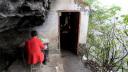 云南昭通:悬崖边上的最小学校 天天网事 131031—专辑:《 云南昭通悬崖边上的最小学校》