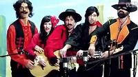 5人共用一把吉他演绎一首歌曲!好棒!好好听!
