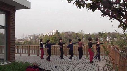 2013-04-14 华夏公园练舞 01