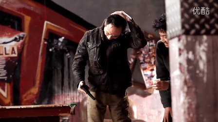 吴镇宇《猎仇者》片场湿身跪地十分敬业