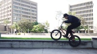 視頻: TCU BMX 36 Laughing When Your Friends Crash