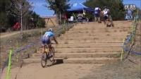 視頻: 某自行車賽場別人都是扛著上臺階的看這位哥們兒是怎么上的